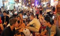 Die Lebenskraft der kulinarischen Kultur auf den Straßen in Ho-Chi-Minh-Stadt