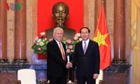 Staatspräsident Tran Dai Quang empfängt Handelsminister aus Kanada und Indonesien