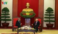 KPV-Generalsekretär Nguyen Phu Trong empfängt Delegation der KP Kubas
