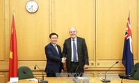 Vizepremierminister Vuong Dinh Hue besucht Neuseeland