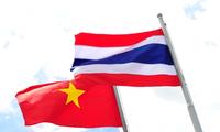 Präsident der gesetzgebenden Nationalversammlung Thailands besucht Vietnam