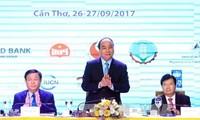Premierminister Nguyen Xuan Phuc leitet die Konferenz über nachhaltige Entwicklung des Mekong-Deltas