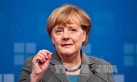 Deutsche Bundeskanzlerin Merkel beginnt Sondierungsgespräche für Koalitionsregierung