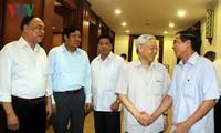 越共中央书记处举行南部地区退休高级干部见面会