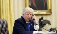Donald Trump appelle l'émir du Qatar à l'unité