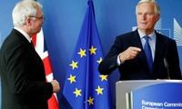 Brexit: Michel Barnier ne veut pas tout mélanger