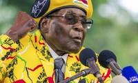 """Zimbabwe: le président Robert Mugabe a """"accepté de démissionner"""""""