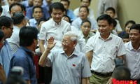 Nguyên Phu Trong rencontre l'électorat hanoien