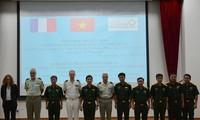 Echange Vietnam-France dans le cadre des opérations de maintien de la paix