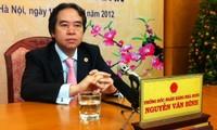 Präsident der vietnamesischen Staatsbank Binh informiert Bürger über Geldpolitik