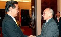 Premierminister Nguyen Tan Dung trifft kambodschanischen König
