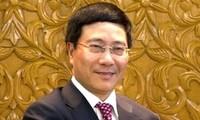 Außenminister Pham Binh Minh nimmt an ASEAN-Konferenz teil