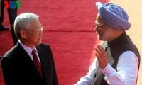 Feierlicher Empfang für KPV-Generalsekretär Trong in Indien