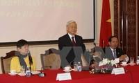 Der KPV-Generalsekretär trifft Vertreter der Freundschaftsgesellschaften Chinas