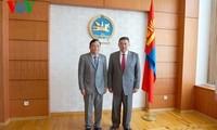 Verstärkung der Zusammenarbeit zwischen Parlamenten Vietnams und der Mongolei