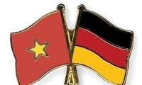 40. Gründungstag der Aufnahme diplomatischer Vietnam-Deutschland-Beziehung