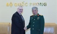 Vietnam und USA verstärken ihre Zusammenarbeit in Verteidigungsindustrie
