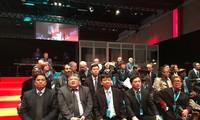 KPV-Delegation nimmt am 37. Parteitag der KPF teil