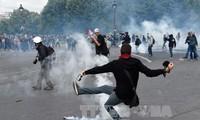 Ausschreitungen bei Demonstrationen in Frankreich