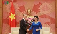 Nguyen Thi Kim Ngan trifft Botschafter Neuseelands und der Philippinen