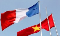 Frankreichs Präsident Francois Hollande besucht Vietnam