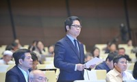 Parlament diskutiert Gesetzesentwurf zur Verwaltung des Außenhandels