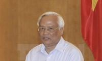 Verstärkung der Aufsicht des Parlaments über Reform des Verwaltungsapparats
