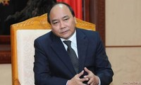 Premierminister Nguyen Xuan Phuc besucht Provinz Cao Bang