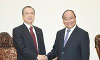 Premierminister Nguyen Xuan Phuc empfängt Generaldirektor von Tokio Gas