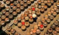 Herstellung von Sojasoße im Dorf Cu Da