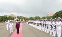 Parlamentspräsidentin Nguyen Thi Kim Ngan besucht Marineeinheiten