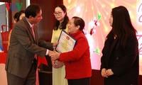 Vietnamesische Bräute in Guangxi bewahren Muttersprache