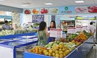 Verstärkung von Verkauf landwirtschaftlicher Produkte auf traditionellen Märkten