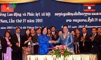 Vietnam dan Laos memperkuat kerjasama di bidang tenaga kerja dan sosial