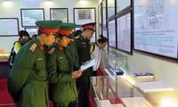 "Pameran ""Hoang Sa dan Truong Sa wilayah Vietnam – Bukti-bukti sejarah dan hukum"""