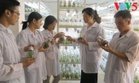 Para ilmuwan wanita gandrung dengan studi ilmu pengetahuan