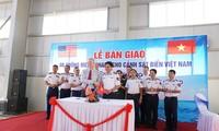 AS melakukan serah terima 6 kapal patroli laut kepada Polisi Laut Vietnam
