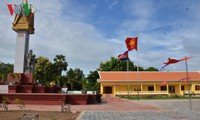 50 tahun hubungan Vietnam-Kamboja: Meresmikan Tugu Monumen Persahabatan Vietnam-Kamboja di provinsi Battambang, Kamboja