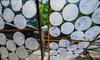 Desa kerajinan kulit lumpia basah dan kering Luu Bao-Kota Hue