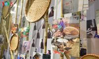 """""""Di sebelah sana mata badai"""" – pameran mengimbau untuk mencegah dan memberantas kekerasan gender di Vietnam"""