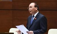 PM Vietnam, Nguyen Xuan Phuc menjawab interpelasi