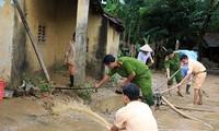 Sesudah taufan, warga di daerah banjir menstabilkan kehidupan dan produksi