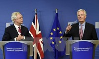 EU's Brexit negotiator says UK must meet tough conditions