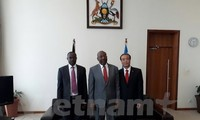 Vietnam, Uganda enhance bilateral relations