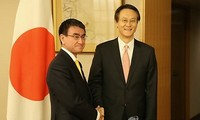 Japan, South Korea to improve relationship