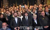 Catalan separatist party drops unilateral independence bid