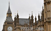 UK to review Brexit bill