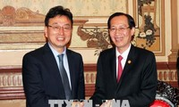 HCM City, South Korea's Gyeongsangbuk boost ties