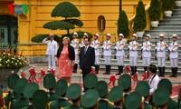 Премьер-министр Норвегии находится во Вьетнаме с официальным визитом