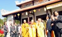 Đại lễ cầu nguyện Quốc thái dân an thu hút đông đảo người dân và du khách